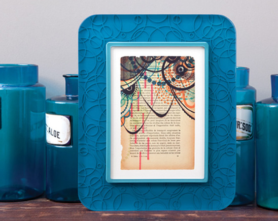 Acrylic seamless frame with pattern
